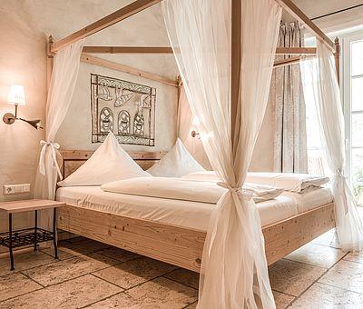 Schlafbereich Themenzimmer Ambrosius, Hotel Arthus