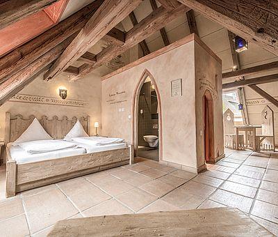 Schlafbereich, Familienzimmer, Themenzimmer Schwarzer Veri, Hotel Arthus