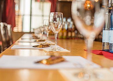Kreativ Tagen und Feiern, Tagung, Hotel Arthus, Tagungsraum Ritterstube, Tisch, Aulendorf