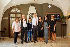 Familienportrait, Familie Spaehn, Lobby Hotel Arthus