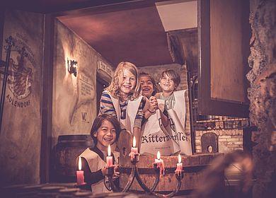 Haendewaschung, Aulendorfer Ritterkeller, Rittermahl, kleine Burgfräuleins und Ritter, Spaß, Erlebnis, Kinder, Rosenwasser